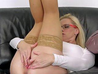 Peculiar Czech Kitten Stretches Her Spread Fuckbox To The Strange Porn Videos