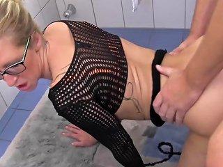 Reife Swinger Hot Hard Sex With Busty Mature German