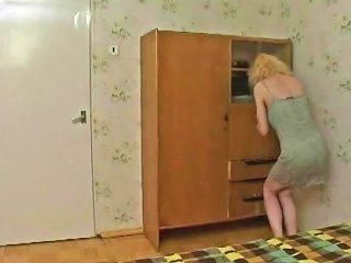 Russian Mum Enjoys Young Boy's Cum Free Porn 2b Xhamster