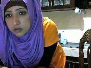 Horny Hijabi Paki...