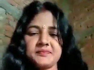Desi Longhair Bhabi...