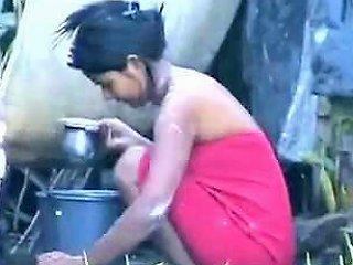 Indian Girl Washing Outdoors Drtuber