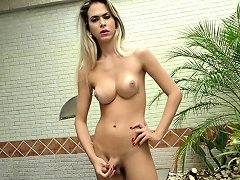 Tranny Shows Off Her Body And Stokes Her Cock Nuvid